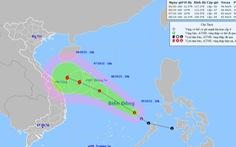 Áp thấp nhiệt đới tăng tốc, hướng vào quần đảo Hoàng Sa, có thể thành bão