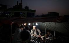 Kabul đối mặt tình trạng mất điện do Taliban không có tiền trả