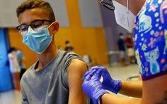 Thụy Điển ngừng tiêm vắc xin của Moderna cho người trẻ