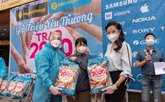 Thế Giới Di Động và Điện Máy Xanh trao 2.000 tấn gạo trên 23 tỉnh thành