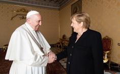Thủ tướng Merkel thăm Giáo hoàng Francis trước khi mãn nhiệm