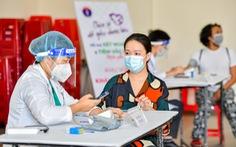 Đưa công nghệ thông tin vào tiêm chủng tại Nhà Bè