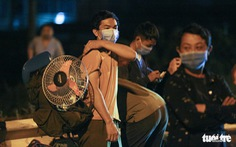 Hàng nghìn người về đến 'cửa ngõ' Hà Nội sau hành trình gần 2.000km