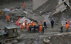 Tìm thấy thi thể nạn nhân lũ quét kẹt dưới hầm ở Ấn Độ
