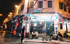 Hàng quán Hà Nội lúc 0h ngày 16-2 đồng loạt dọn bàn xếp ghế, đóng cửa