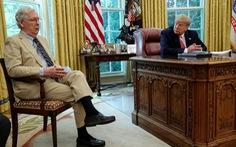 Trump - McConnell: Sau đấu khẩu là gì?