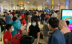 Giá vé máy bay giảm mạnh dịp sau tết