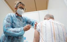 Cơ chế COVAX giúp phân phối vắc xin cho các nước nghèo đón 'tiền tấn' từ G7