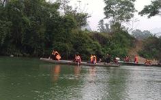 Tìm thấy thi thể thầy hiệu trưởng trường tiểu học trên sông Lam
