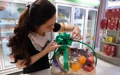 Trái cây ngoại vượt khó về Việt Nam