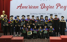Sinh viên Duy Tân nhận bằng của các đại học Mỹ qua du học tại chỗ