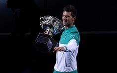 Thắng nhanh Medvedev, Djokovic lần thứ 18 vô địch Grand Slam