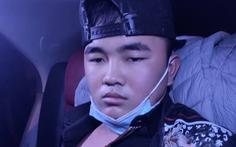 Nam thanh niên dùng dầu gió xịt vào mặt tài xế taxi để cướp tài sản
