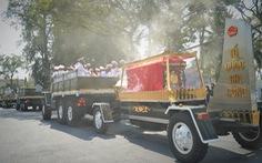Xúc động hàng ngàn người dân tiễn đưa nguyên Phó thủ tướng Trương Vĩnh Trọng về nơi an nghỉ