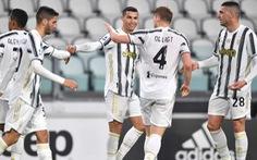 Ronaldo lập cú đúp, Juventus trở lại đường đua vô địch
