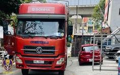 Tài xế lùi xe container trên cao tốc bị phạt 17 triệu đồng