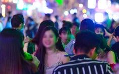 TP.HCM: Vì sao vũ trường, bar, karaoke, gym... chưa được mở lại?