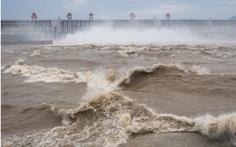 Mực nước sông Dương Tử giảm dần trong 40 năm, chuyện gì xảy ra?