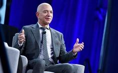 Tỉ phú Bezos sắp rời chức CEO Amazon