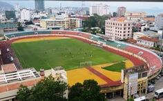 'Tháo treo', sửa lại nhà thi đấu và sân vận động Nha Trang, dân mừng