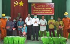 EVNSPC  hỗ trợ các hoàn cảnh khó khăn đón Tết Tân Sửu