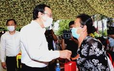 Bí thư Nguyễn Văn Nên trao 500 phần quà tết ở Tây Ninh