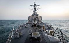 Tàu chiến Mỹ qua eo biển Đài Loan lần đầu thời Biden, Trung Quốc 'theo dõi sát'
