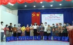 Trao học bổng 'Gieo mầm tri thức' và tặng quà 'Tết sẻ chia' tại Tây Ninh