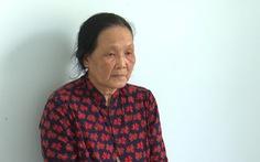 Khởi tố, bắt tạm giam người phụ nữ 62 tuổi giật dây chuyền vàng của bé 2 tuổi