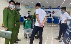 Cầm 'súng, mìn' xông vào cướp Ngân hàng BIDV ở Hà Nội
