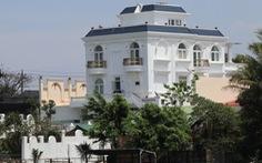 Tỉnh ủy Lâm Đồng yêu cầu xử nghiêm biệt thự xây không phép trên hồ Nam Phương
