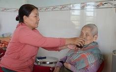 13 năm phụng dưỡng mẹ Việt Nam anh hùng