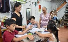 Lớp học miễn phí của mẹ chồng - nàng dâu Sài Gòn