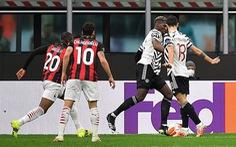 Vào sân từ ghế dự bị, Pogba ghi bàn thắng đưa Manchester United vào tứ kết