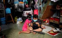 Hàng ngàn trẻ thành mồ côi ở Indonesia vì mất cha mẹ do dịch bệnh