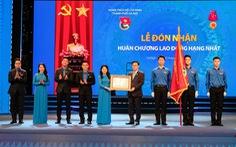Thành đoàn Hà Nội đón nhận Huân chương Lao động hạng nhất