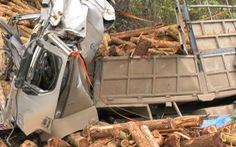 Khởi tố vụ án xe chở gỗ bị tai nạn làm 7 người chết ở Thanh Hóa