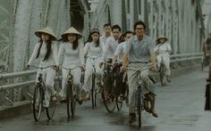 Phim về Trịnh Công Sơn có kinh phí 50 tỉ đồng, từng sập bối cảnh vì mưa gió