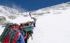 Nepal nới lỏng quy định cách ly trước mùa leo núi Everest