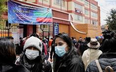 Gãy lan can trường học, 5 sinh viên ở Bolivia thiệt mạng