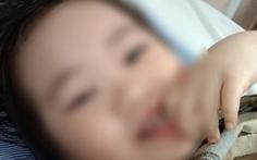 Bé gái 3 tuổi rơi từ tầng 12 chung cư đã cười đùa, sắp được xuất viện