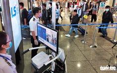 TP.HCM đề xuất nhân viên sân bay có tiếp xúc hành khách được ưu tiên tiêm vắc xin đợt đầu