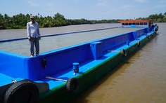 Nước nhiễm mặn, dùng sà lan chở nước thô về xử lý khiến giá nước Bến Tre lên 51.000/m3