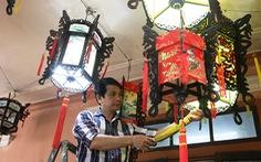 Về làng đưa đèn lồng cố đô xuất ngoại