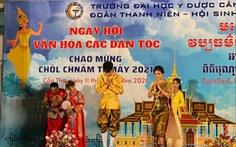 Tổ chức Tết cổ truyền Chol-Chnam-Thmay cho sinh viên, học viên Campuchia học ngành y