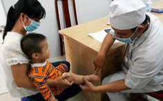 Bệnh tay chân miệng ở Đồng Nai tăng 4-5 lần, nhiều ca trở nặng