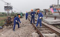 Đường sắt kiến nghị khẩn Thủ tướng vì tranh luận vốn bảo trì