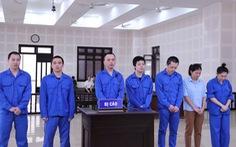 7 người tổ chức cho 14 người Trung Quốc nhập cảnh, ở 'chui' tại Đà Nẵng để đánh bạc hầu tòa