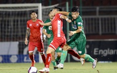 Video pha giật chỏ khiến cựu tuyển thủ U23 Việt Nam Tấn Tài bị thẻ đỏ