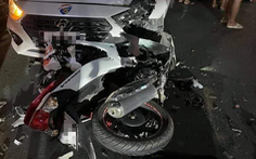 Nam thanh niên sát hại bạn gái rồi tông xe máy trực diện ôtô tự sát